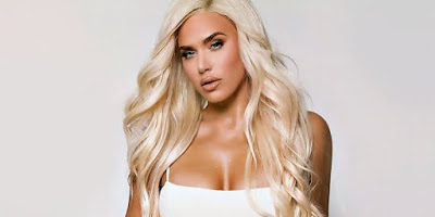 What Happened After RAW With Lana (Video), Possible Injury at WWE Live Event In LA