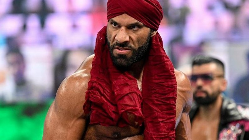 Jinder Mahal Returns To Action With New Faction
